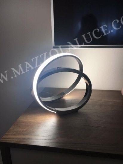 ABATJOUR DESIGN MODERNA PER CAMERA DA LETTO LED