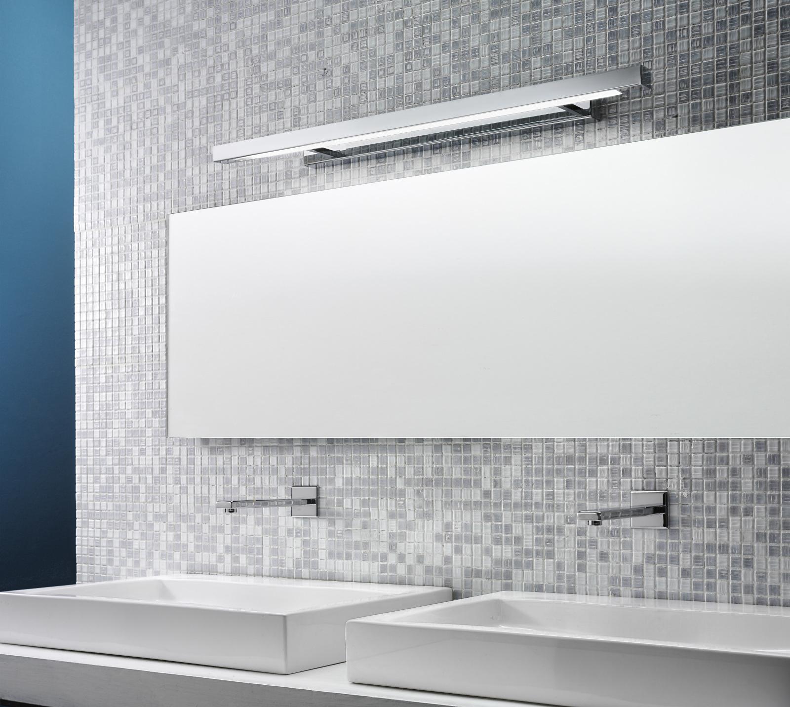 Specchio Grande Da Bagno.Applique Per Grande Specchio Da Bagno 39w 2700k 92cm Design