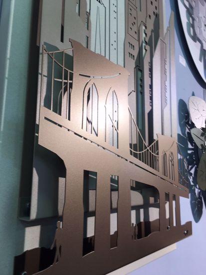 ARTI E MESTIERI QUADRO OROLOGIO MODERNO NEW YORK CITY AVORIO BEIGE SABBIA BRONZO 3D